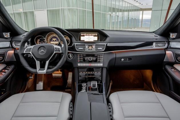 Mercedes-E-63-AMG-Model2