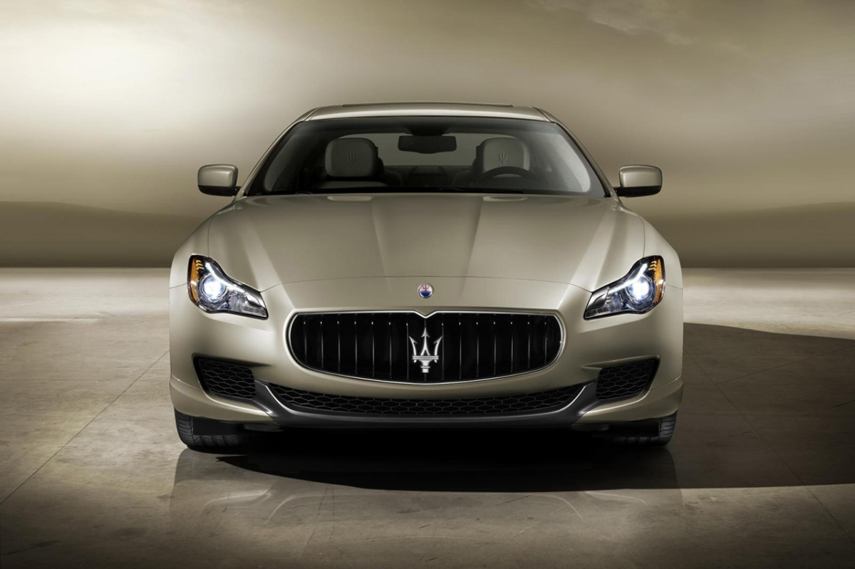 https://apparatusmag.files.wordpress.com/2013/05/ermenegildo-zegna-for-maserati-2014-quattroporte.jpg?w=1200