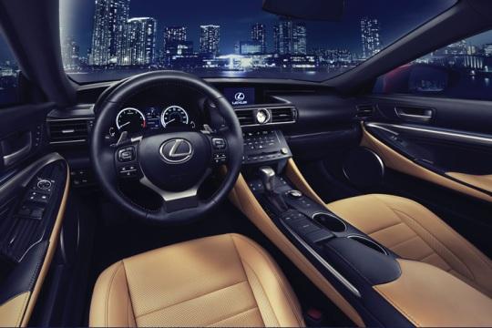 Lexus RC Coupe4