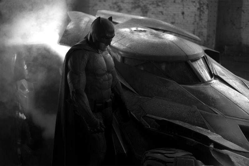 the-first-look-at-ben-afflecks-batman