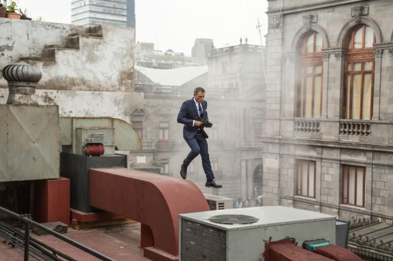 007-Spectre-Daniel-Craig-2015