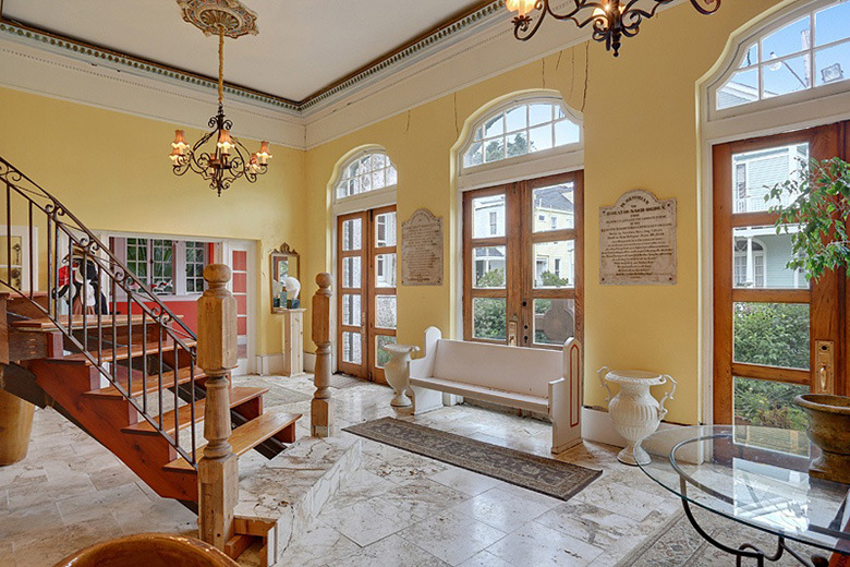 a-look-inside-beyonce-jay-zs-2-6-million-usd-new-orleans-mansion2