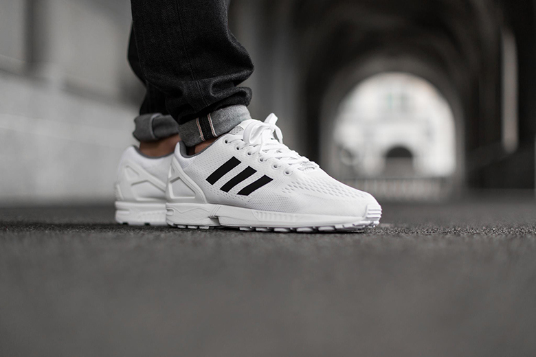 adidas zx flux black and white