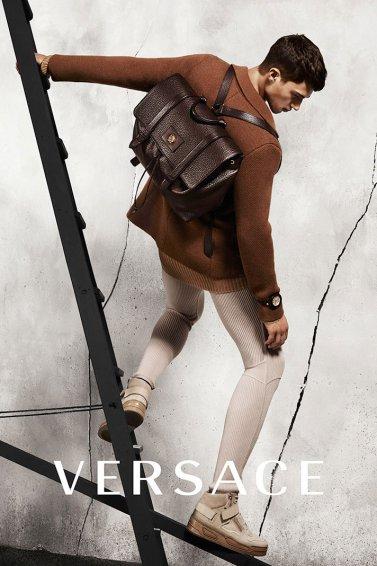 versace-2015-fall-winter-campaign3