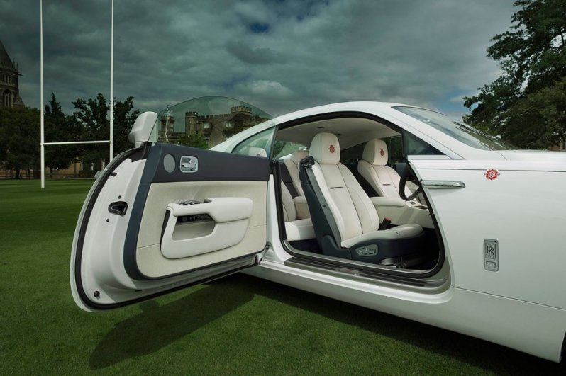 rolls-royce-wraith-history-of-rugby2