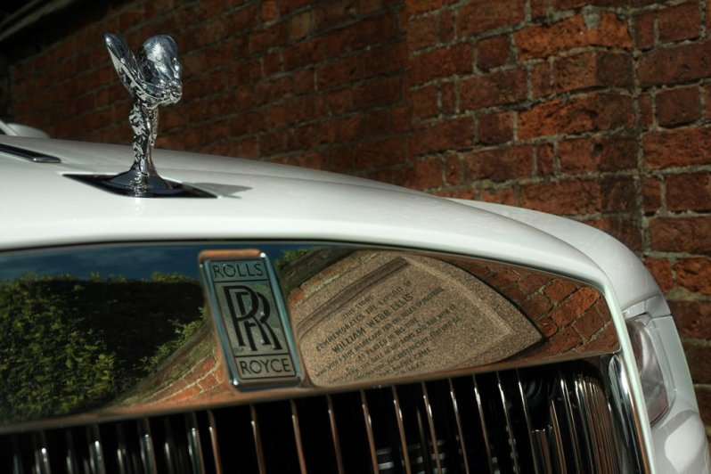rolls-royce-wraith-history-of-rugby4