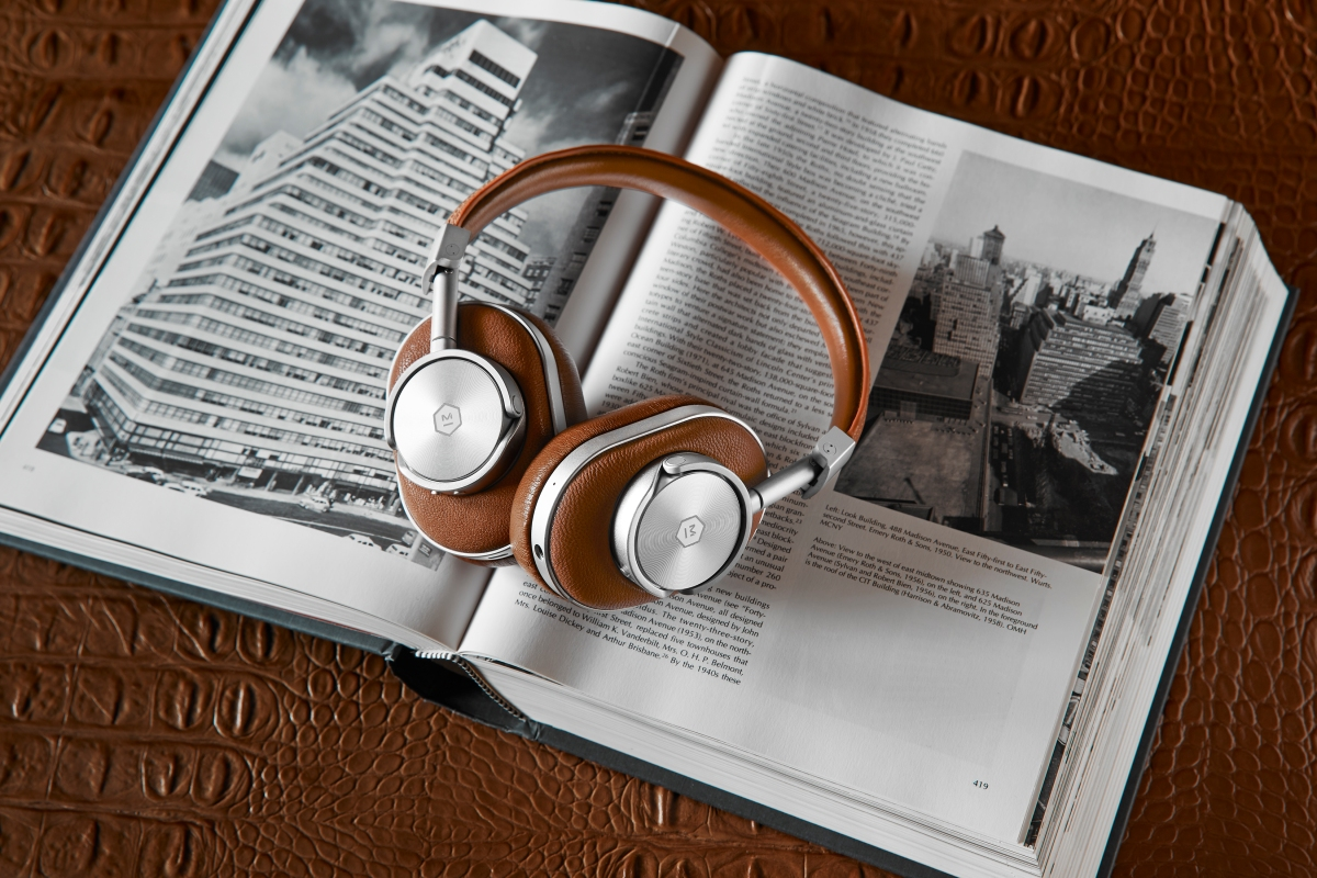 MASTER & DYNAMIC LAUNCHES WIRELESS HEADPHONES