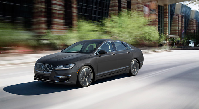 2017_Lincoln_MKZ3