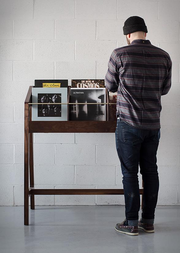 record-display6