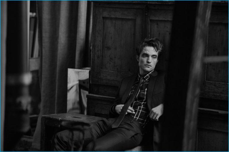 Robert-Pattinson-2016-Dior-Homme-Photo-Shoot7