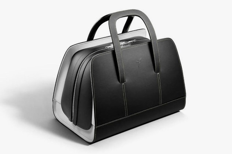 rolls-royce-unveils-a-46000-luggage-set-to-complement-the-wraith3