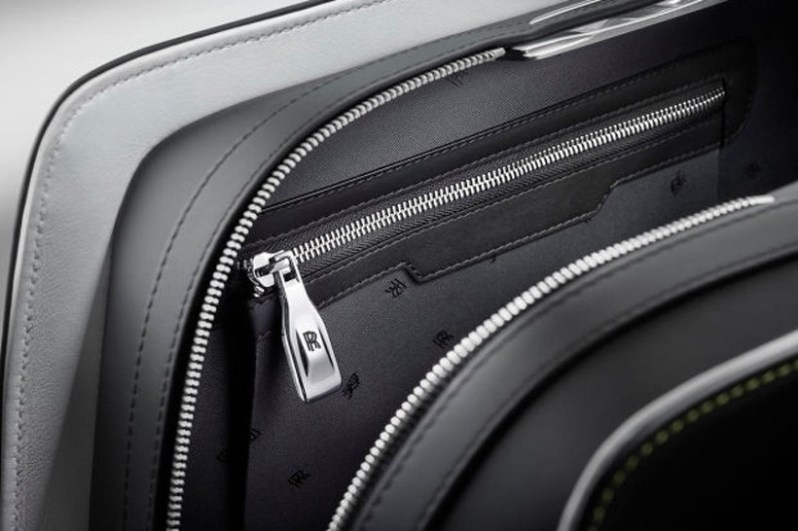 rolls-royce-unveils-a-46000-luggage-set-to-complement-the-wraith5