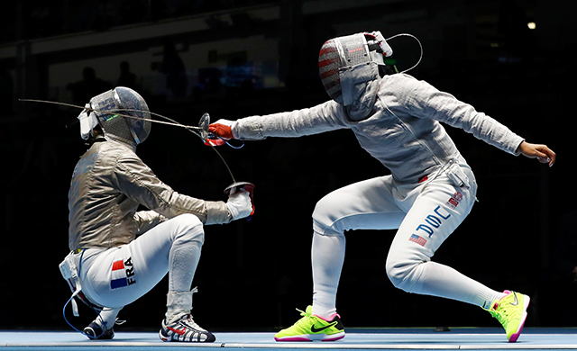 Ibtihaj-Muhammad-Rio-Olympics2