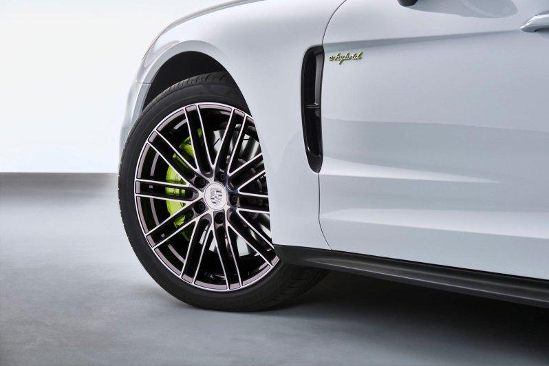 2018-porsche-panamera-4-e-hybrid4
