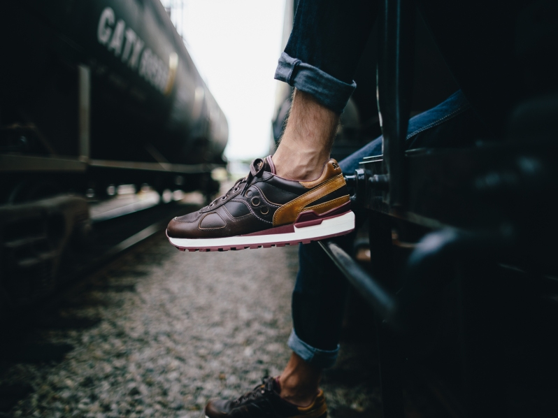 wolverine-saucony-sneaker2