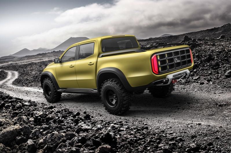 mercedes-benz-x-class-concept-pickup-truck4