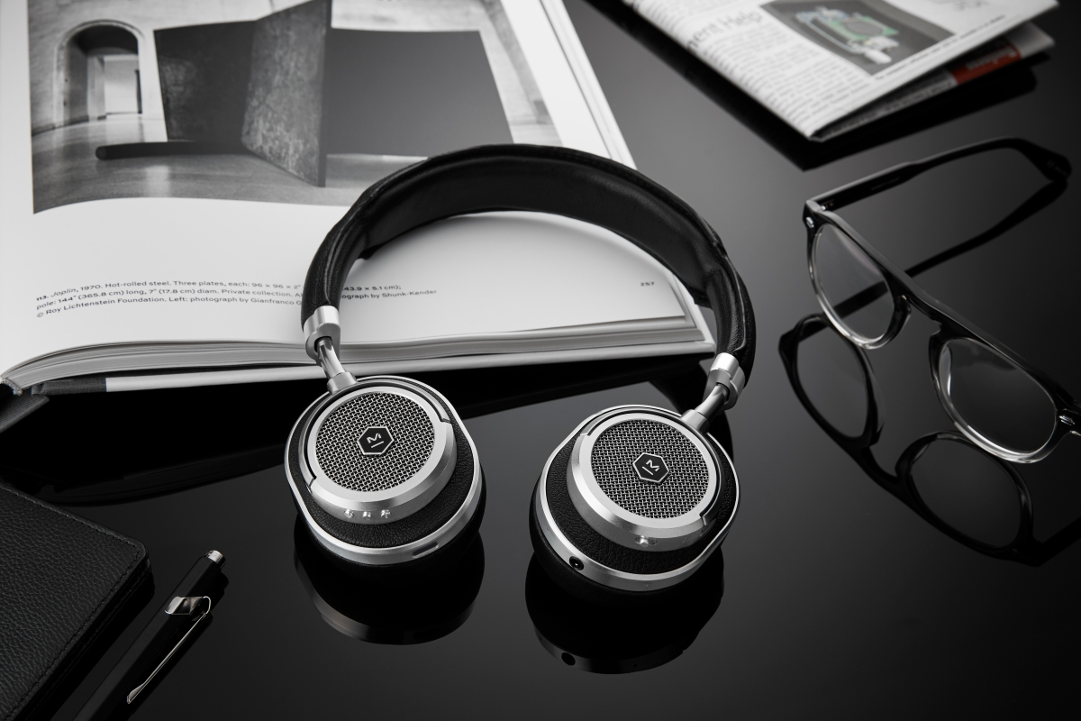 MASTER & DYNAMIC UNVEILS NEW WIRELESS HEADPHONES