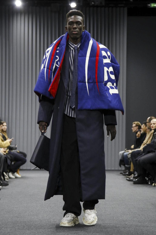Balenciaga Menswear Fall Winter 2017 Collection in Paris