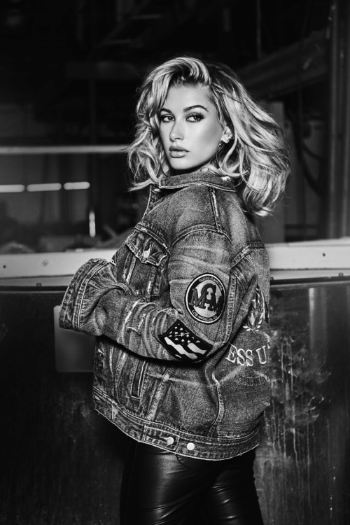 hailey-baldwin-guess-35th-anniversary-campaign5