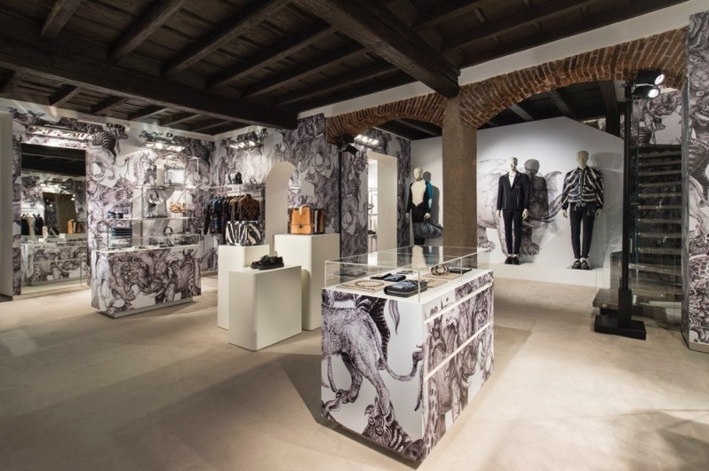 louis-vuitton-mens-pop-up-milan