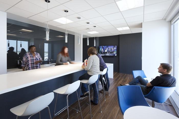 mazda-irvine-office5