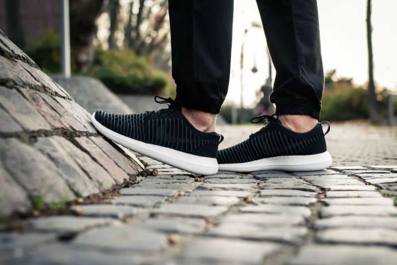low priced 1d93f 6ebe8 ON FEET LOOK AT THE NIKE ROSHE TWO FLYKNIT BLACK DARK GREY – APPARATUS