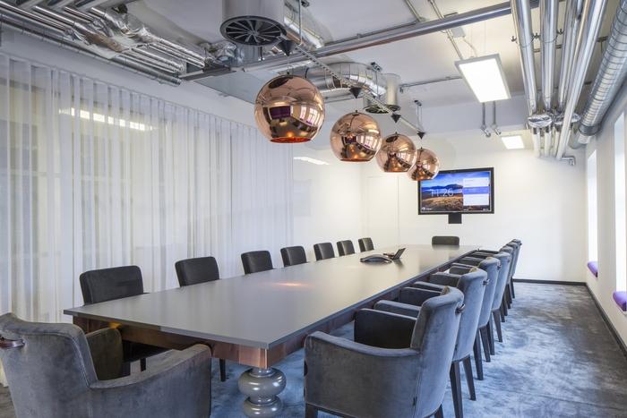 spotify-office3