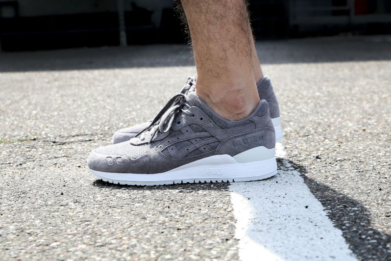 huge selection of b6560 fb749 ON FEET LOOK AT THE ASICS GEL-LYTE III ALUMINUM SUEDE ...