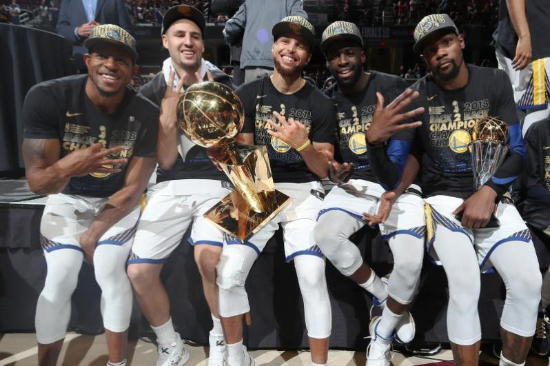 GOLDEN STATE WARRIORS COMPLETE SWEEP OF CAVALIERS FOR 2018 NBA CHAMPIONSHIP – APPARATUS